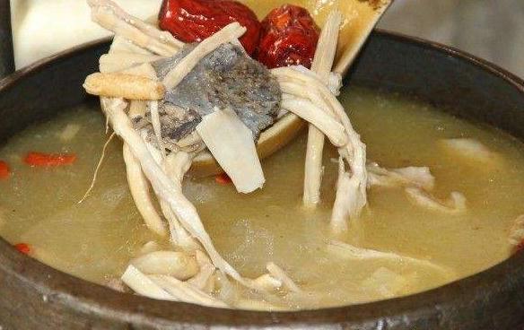 党参炖土鸡1